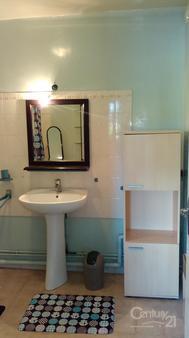 Appartement f2 à louer - 2 pièces - 45 m2 - VALMONT - 76 - HAUTE-NORMANDIE