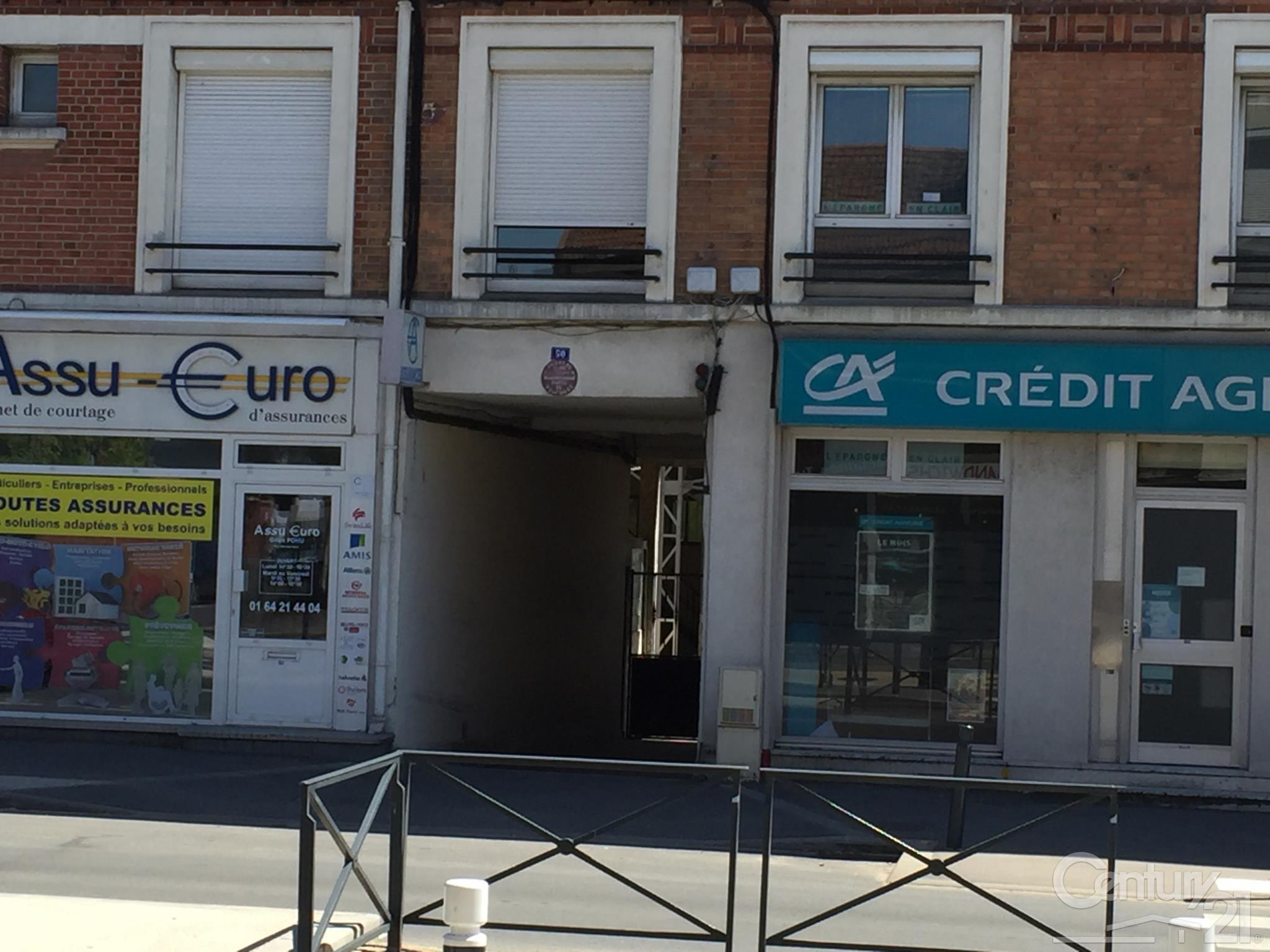 Parking à louer - 10 m2 - BROU SUR CHANTEREINE - 77 - ILE-DE-FRANCE