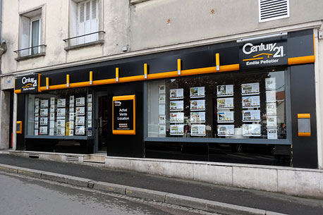 Agence immobili re century 21 emilie pelletier chateau for Agence chateau thierry