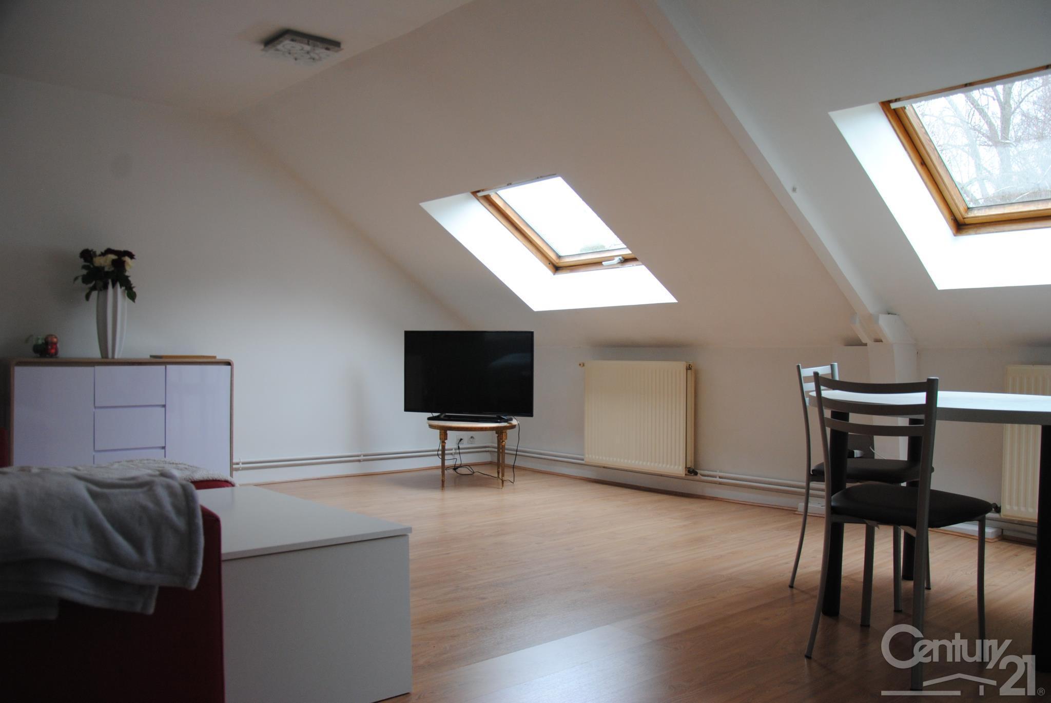 Appartement f3 à louer - 3 pièces - 53 m2 - LILLEBONNE - 76 - HAUTE-NORMANDIE