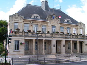Saint-Médard-en-Jalles : les horaires estivaux 2013 des services municipaux