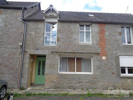 Maison à louer - 3 pièces - 65 m2 - ST ETIENNE EN COGLES - 35 - BRETAGNE