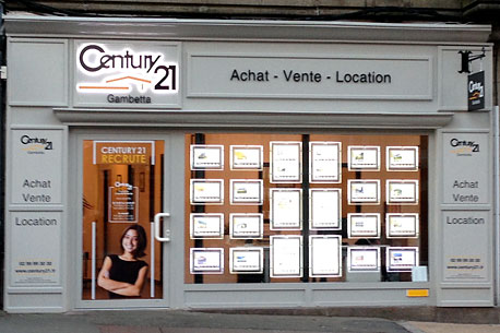 Agence immobili re century 21 gambetta fougeres ille et for Agence appartement paris