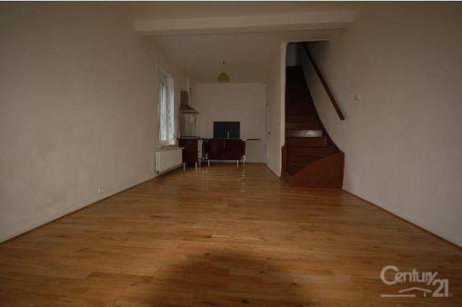Maison à louer - 4 pièces - 80 m2 - HAUTMONT - 59 - NORD-PAS-DE-CALAIS