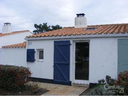 Maison à louer - 2 pièces - 35 m2 - BRETIGNOLLES SUR MER - 85 - PAYS-DE-LOIRE