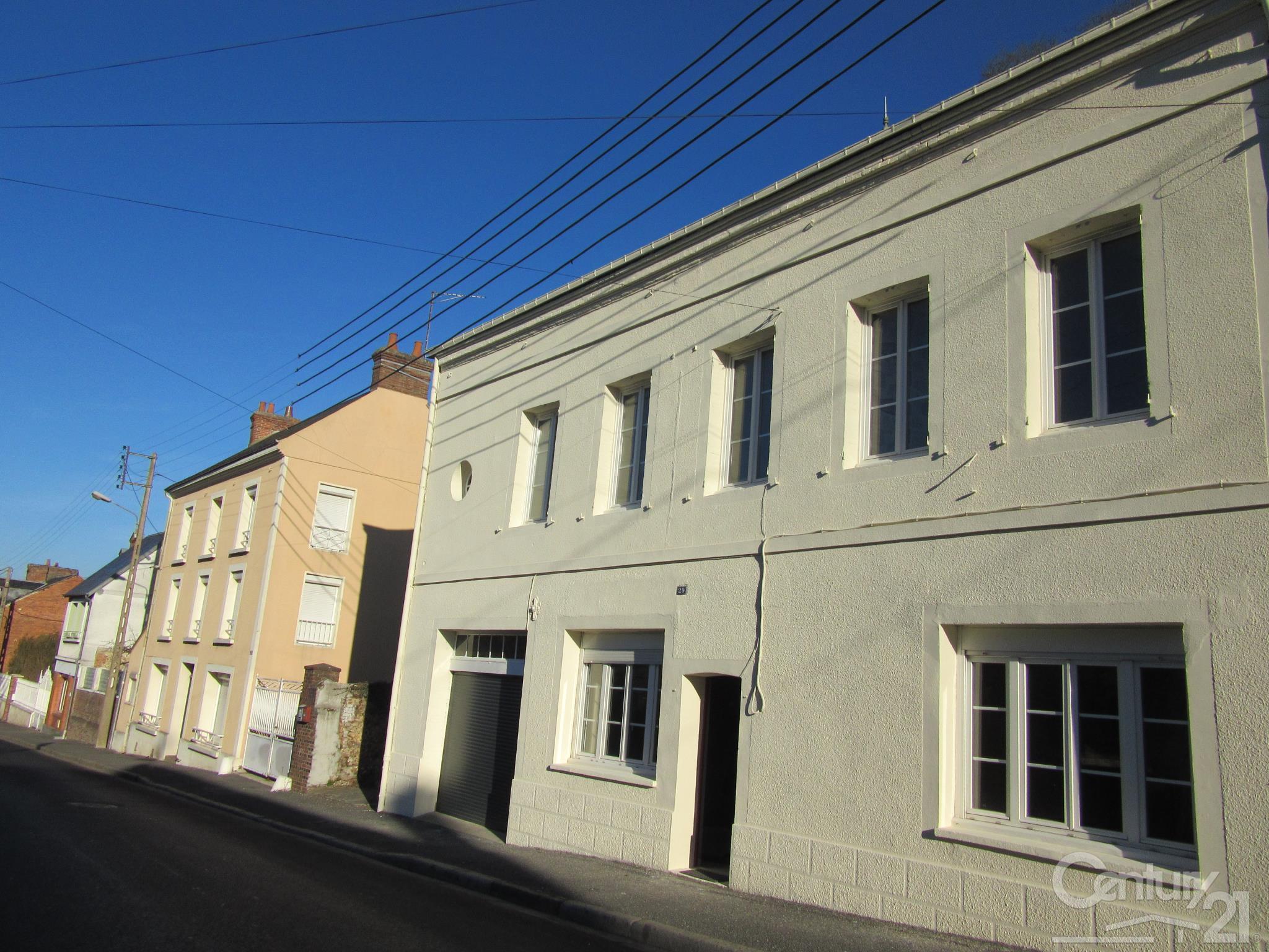 Maison à louer - 4 pièces - 104 m2 - ORBEC - 14 - BASSE-NORMANDIE