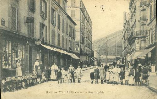 Rue dupleix 15 me arrondissement de paris par century 21 la motte picquet - Century 21 paris 18eme ...