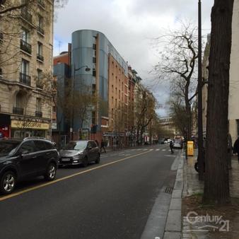Parking à louer - 11 m2 - PARIS - 75013 - ILE-DE-FRANCE