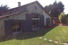 Vente maison - LA ROCHE SUR YON (85000) - 230.0 m² - 7 pièces