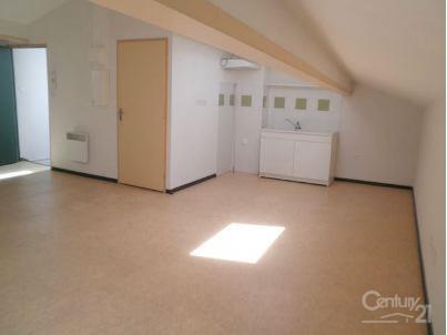 Appartement f2 à louer - 2 pièces - 25 m2 - PAMIERS - 09 - MIDI-PYRENEES