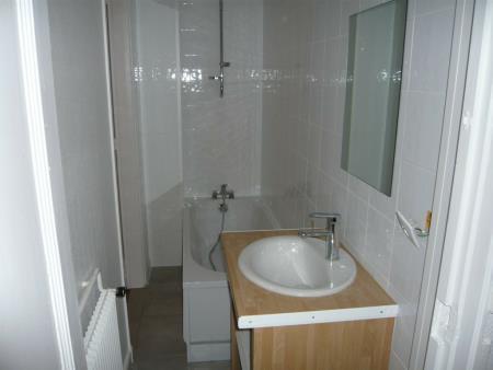Appartement à louer - 3 pièces - 77 m2 - REIMS - 51 - CHAMPAGNE-ARDENNE