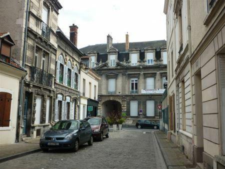 Appartement à louer - 1 pièce - 18 m2 - REIMS - 51 - CHAMPAGNE-ARDENNE