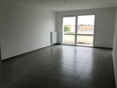 Appartement à louer - 3 pièces - 63 m2 - TROYES - 10 - CHAMPAGNE-ARDENNE