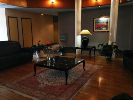 Appartement à louer - 2 pièces - 47 m2 - TROYES - 10 - CHAMPAGNE-ARDENNE