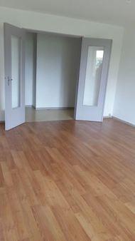 Appartement à louer - 3 pièces - 68 m2 - TROYES - 10 - CHAMPAGNE-ARDENNE