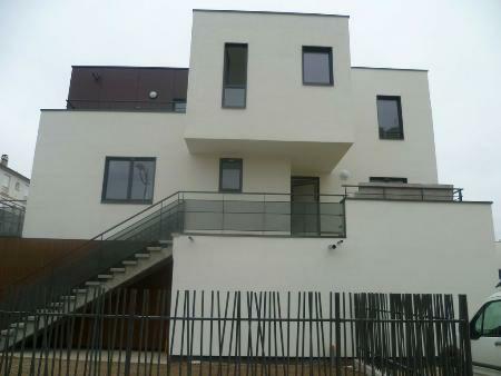 Appartement à louer - 4 pièces - 108 m2 - ROMILLY SUR SEINE - 10 - CHAMPAGNE-ARDENNE