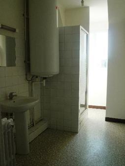 Appartement à louer - 4 pièces - 98 m2 - TROYES - 10 - CHAMPAGNE-ARDENNE