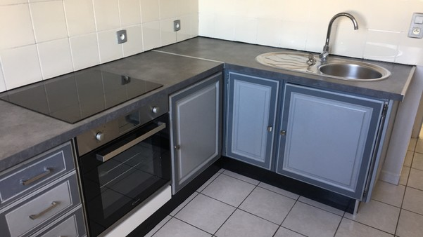 Appartement à louer - 3 pièces - 65 m2 - TROYES - 10 - CHAMPAGNE-ARDENNE