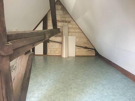 Appartement à louer - 3 pièces - 60 m2 - TROYES - 10 - CHAMPAGNE-ARDENNE