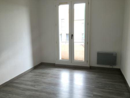 Appartement à louer - 3 pièces - 54 m2 - TROYES - 10 - CHAMPAGNE-ARDENNE