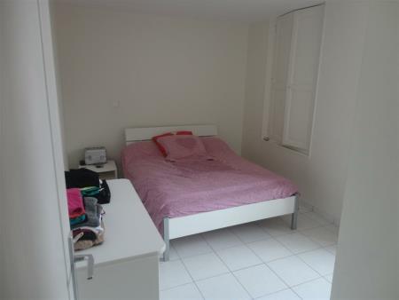 Appartement à louer - 2 pièces - 44 m2 - SENS - 89 - BOURGOGNE