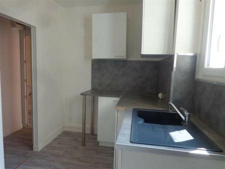 Maison à louer - 3 pièces - 50 m2 - SENS - 89 - BOURGOGNE