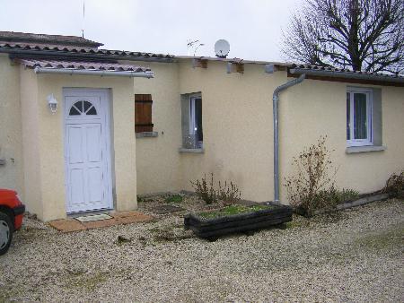 Maison à louer - 2 pièces - 30 m2 - ST PARRES AUX TERTRES - 10 - CHAMPAGNE-ARDENNE