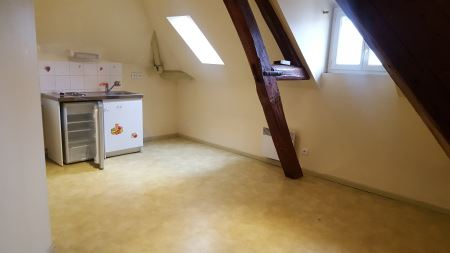 Appartement à louer - 1 pièce - 28 m2 - TROYES - 10 - CHAMPAGNE-ARDENNE