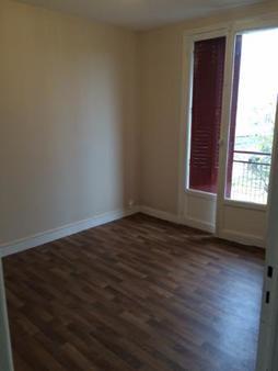 Appartement à louer - 3 pièces - 43 m2 - LA CHAPELLE ST LUC - 10 - CHAMPAGNE-ARDENNE
