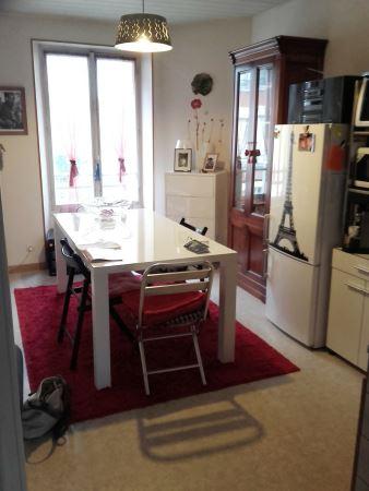 Appartement à louer - 2 pièces - 55 m2 - PROVINS - 77 - ILE-DE-FRANCE