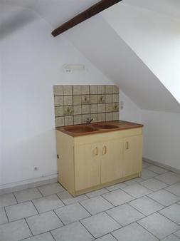 Appartement à louer - 3 pièces - 50 m2 - STE COLOMBE - 77 - ILE-DE-FRANCE