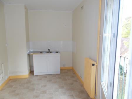 Appartement à louer - 3 pièces - 61 m2 - PROVINS - 77 - ILE-DE-FRANCE