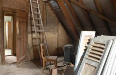 Le grenier, comble du toit.