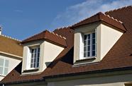 la lucarne le petit cran du toit. Black Bedroom Furniture Sets. Home Design Ideas